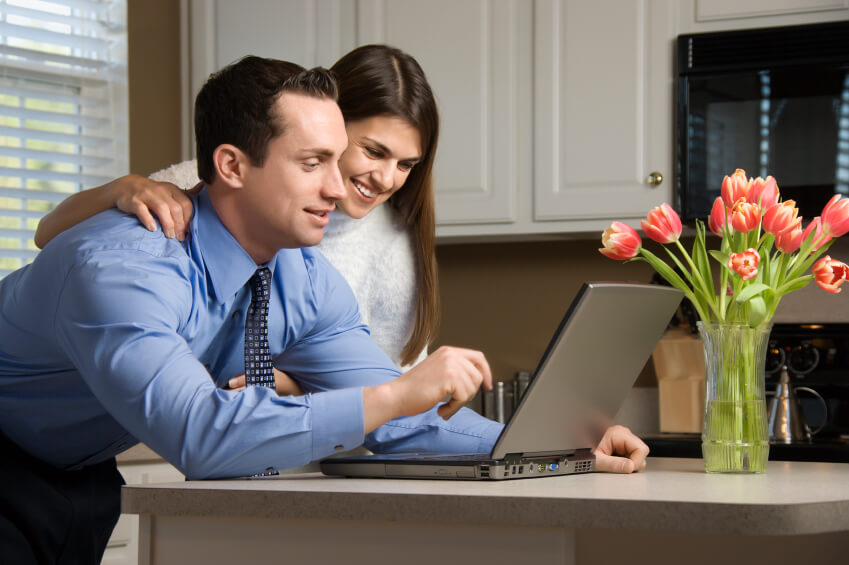 House Hunting on the Web: Consumer Tech Trends in Real Estate