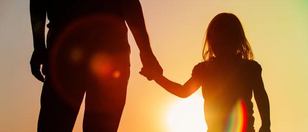 hand-holding-kid-2