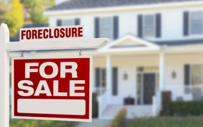 The Pros and Cons of Buying a Foreclosed Home