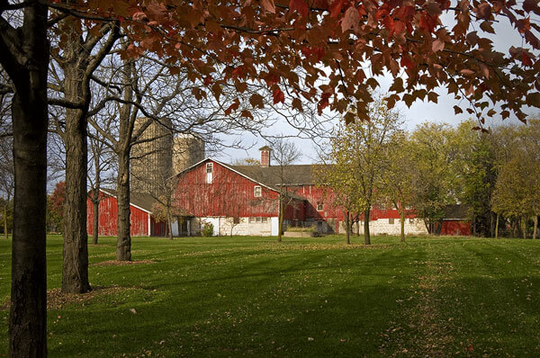 Large red barn in Illinois